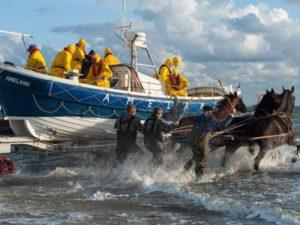 Vakantiehuis Ameland reddingboot